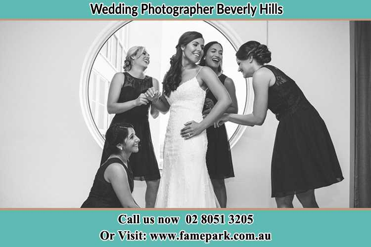 Photo of the Bride and the bridesmaids Beverly Hills NSW 2209