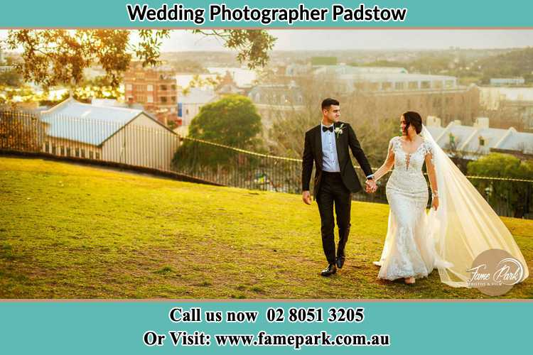 Photo of the Groom and the Bride walking at the yard Padstow NSW 2211